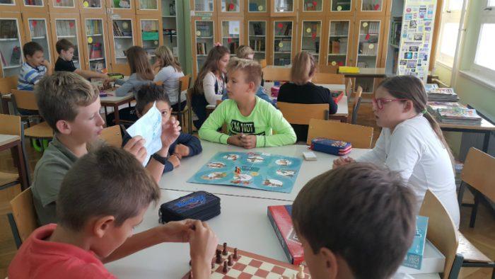 Međunarodni dječji tjedan u školskoj knjižnici